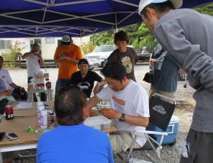 2013年6月に常陸利根川近くにあるハーツマリンにて行われた「フロッグミーツ」で、スカートの交換方法の講習をしました。